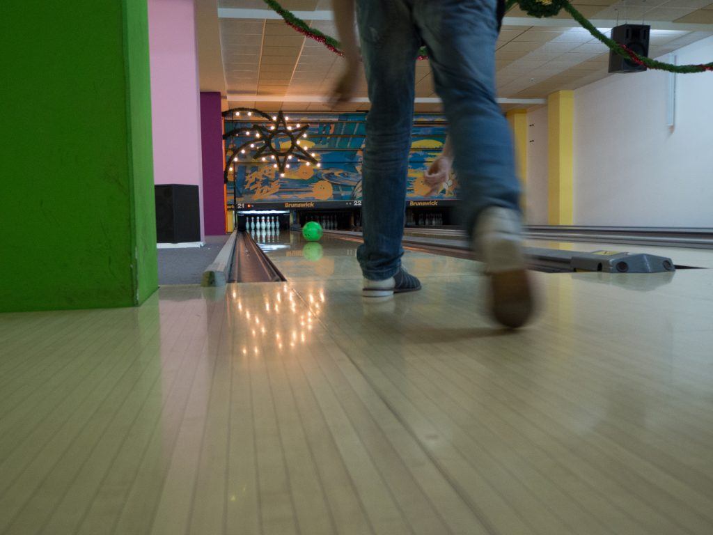 Available Light Fotografie Bowling Raw